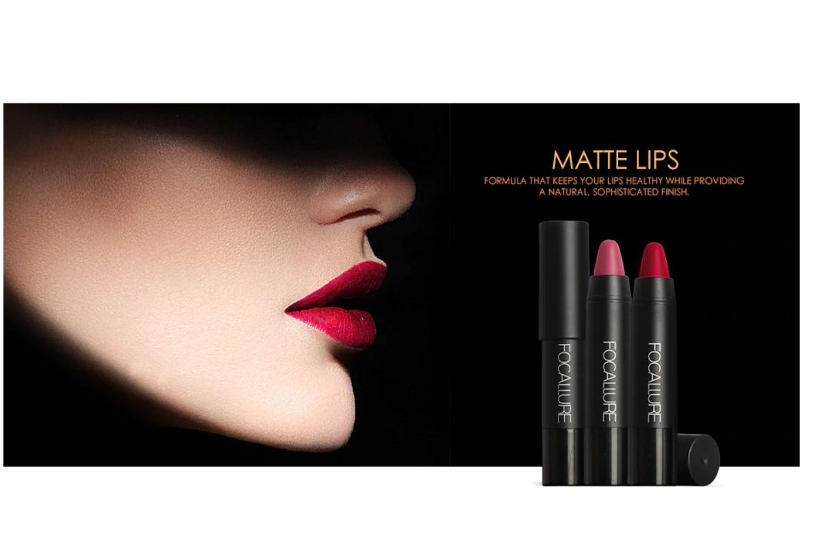 Moisrurizing Matte Lipstick