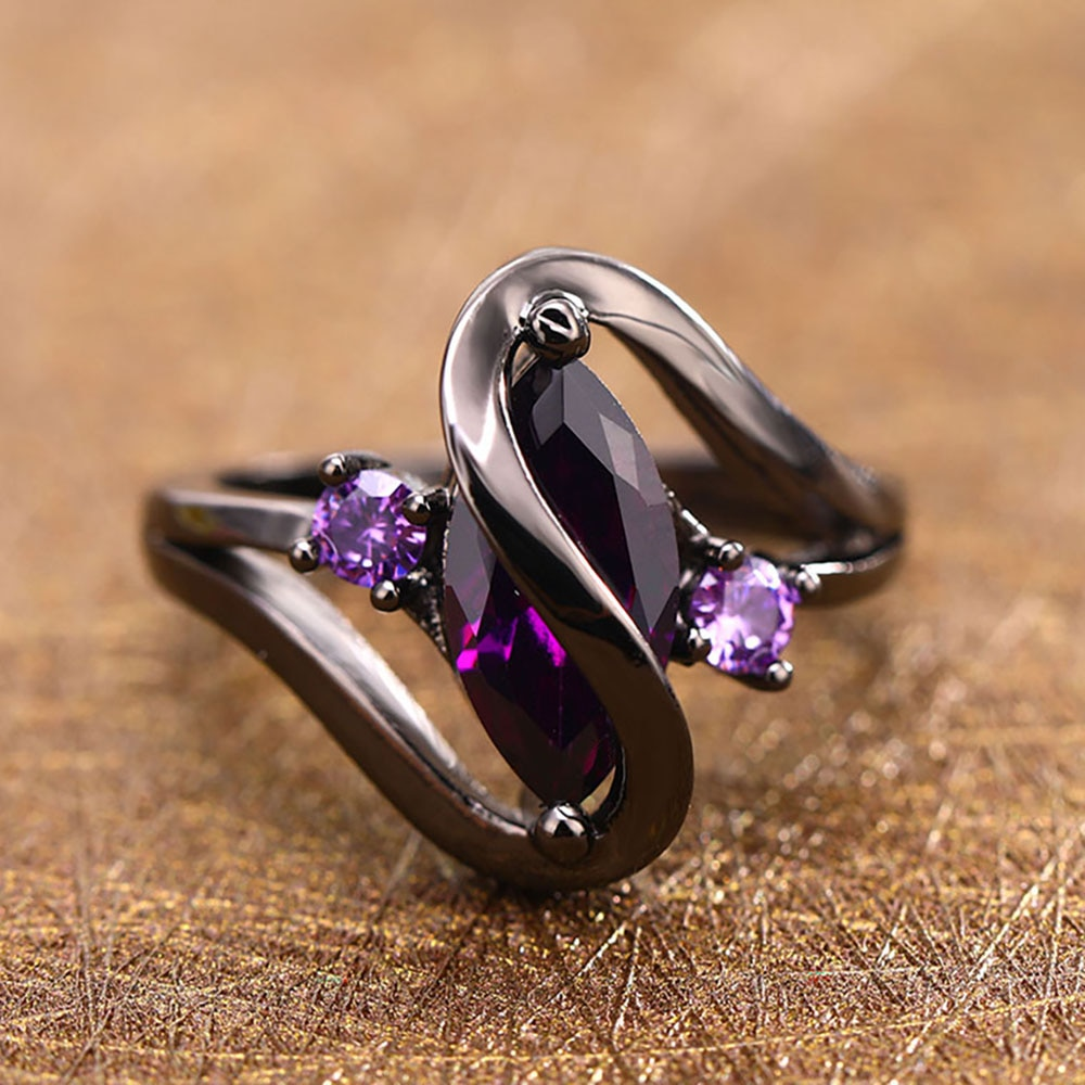 Women's Statement Ring with Crystal