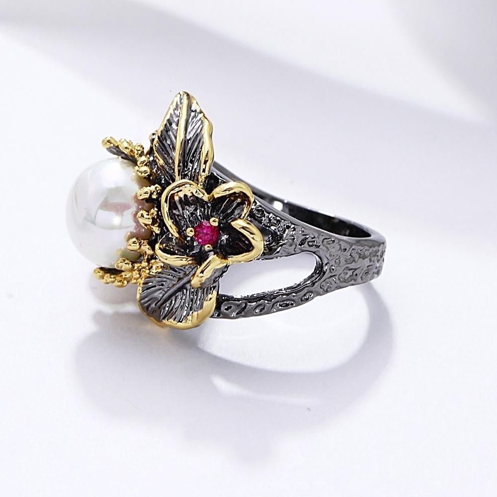 Women's Artistic Black Ring